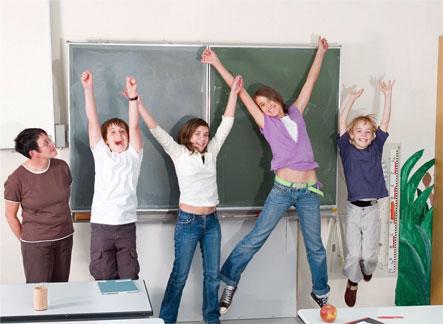 教室でジャンプ